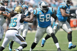 Panthers Sign Thomas Davis To One-Year Contract Extension